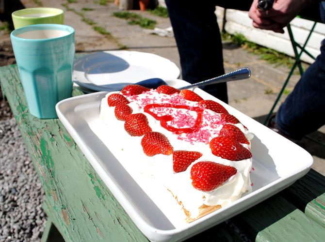 fodelsedags-tarta